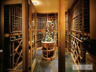 Traditional wine cellar room, custom design & install by Innovative Wine Cellar Designs.
